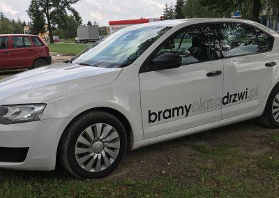 Skoda Octavia oklejanie pojazdów służbowych Poznań