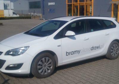 Opel astra oklejanie pojazdów służbowych Poznań